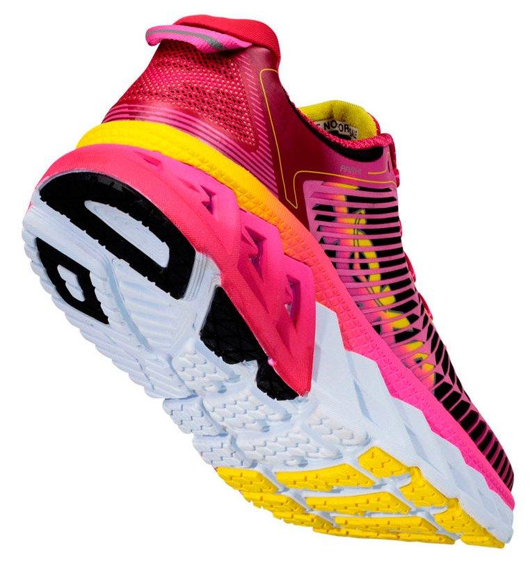 b0d4b714e0822c Купить женские кроссовки Hoka One One Arahi W | Интернет-магазин RunLab