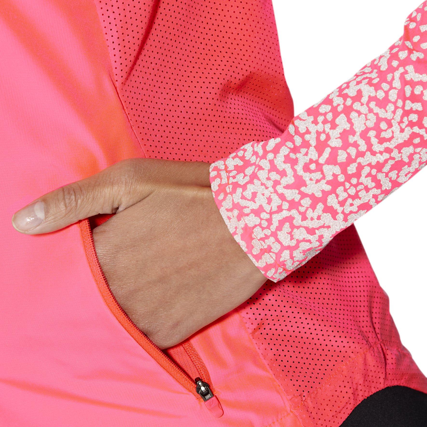 Купить женскую куртку Asics Lite-Show Jacket W 141225 0688 ... 53005d960ae
