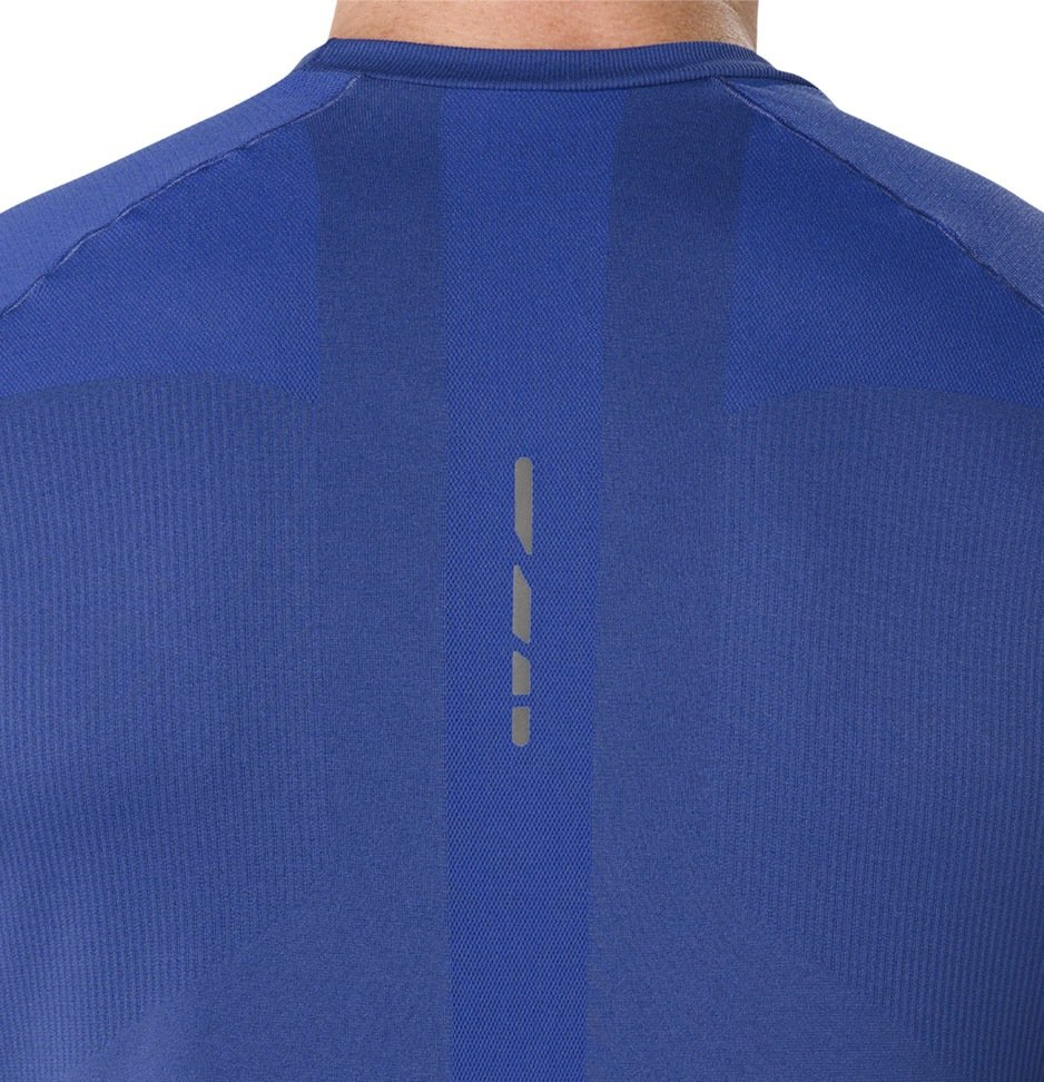 Купить футболку Asics Tech Tee   Интернет-магазин Лаборатория бега 99b0a0367b1